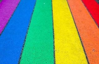 Buscan erradicar discriminación hacia LGBT