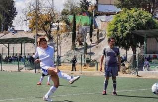Mujeres trans y policías se enfrentan en torneo de fútbol en Naucalpan
