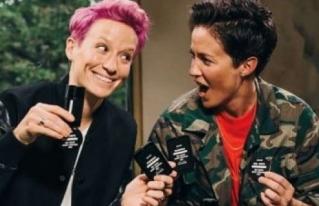 Las gemelas Rapinoe, lesbianas e iconos del fútbol