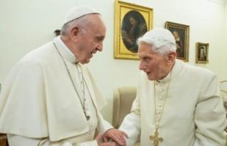 """Benedicto XVI compara al matrimonio homosexual con el """"anticristo"""""""