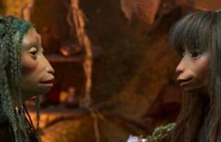 'Dark Crystal: Age of Resistance' causa reacciones por mostrar pareja LGBT