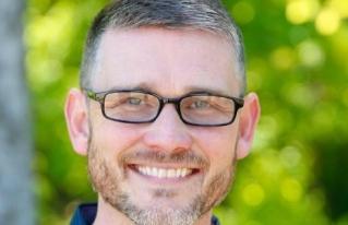 """Pastor asegura que la comunidad LGBT busca """"dominación"""""""