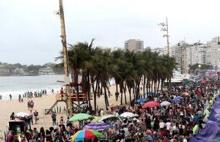 "Beso de la censura: Orgullo gay de Brasil dijo ""¡Basta!"" a Bolsonaro"