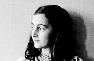 Partes censuradas del diario de Ana Frank revelan que ella era LGBT